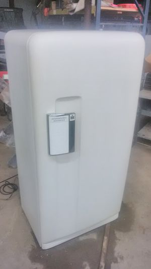 1950 International Harvester refrigerator with freezer very good condition for Sale in Red Bud, IL