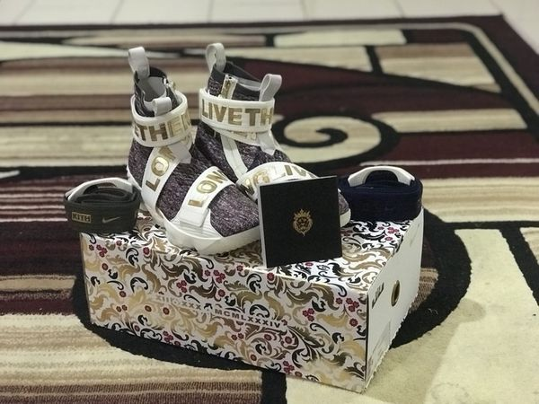 release date 5a02e aebb1 KITH X NIKE LEBRON LIFESTYLE XV STAINED GLASS