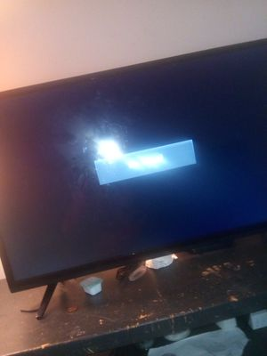 Vizio flat screen tv for Sale in Fairfax, VA
