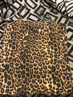 XL cheetah tops Thumbnail