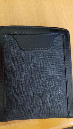 66a5c194aa3 Gucci wallet for Sale in San Antonio