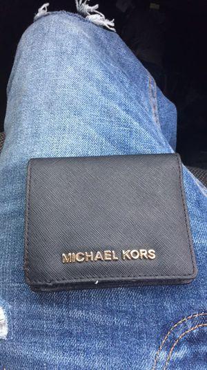 c7f84b8eeabb Michael kors wallet still has tag for Sale in Biloxi