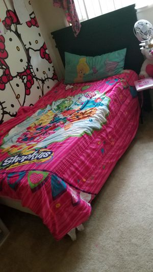 Twin bed for Sale in Rockville, MD