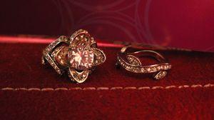Lotus wedding set for Sale in Tavares, FL