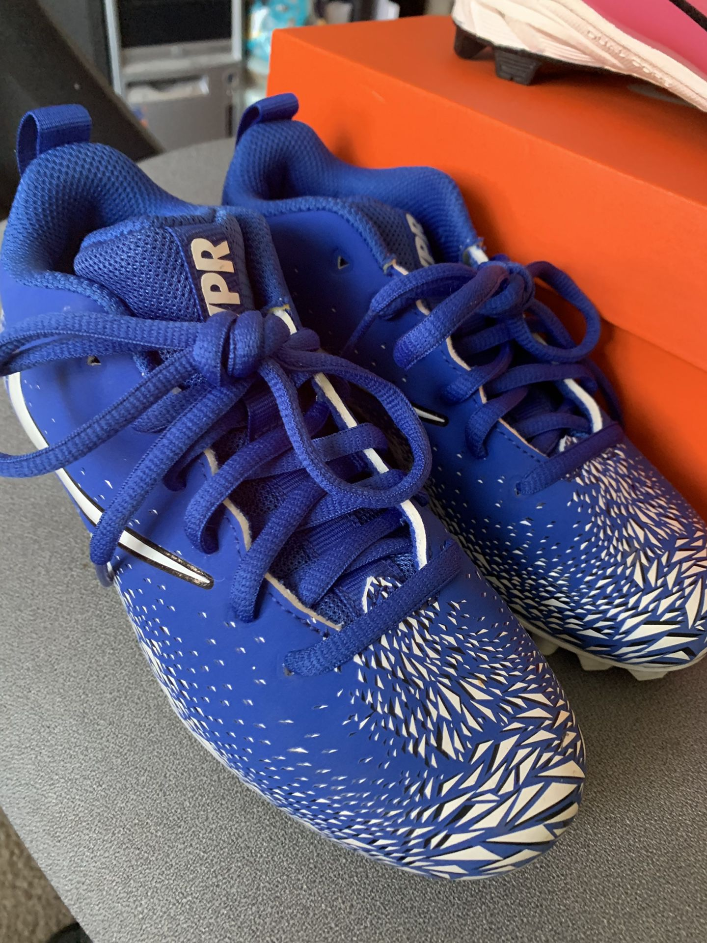 Nike/Rawlings Youth Football/Baseball Cleats