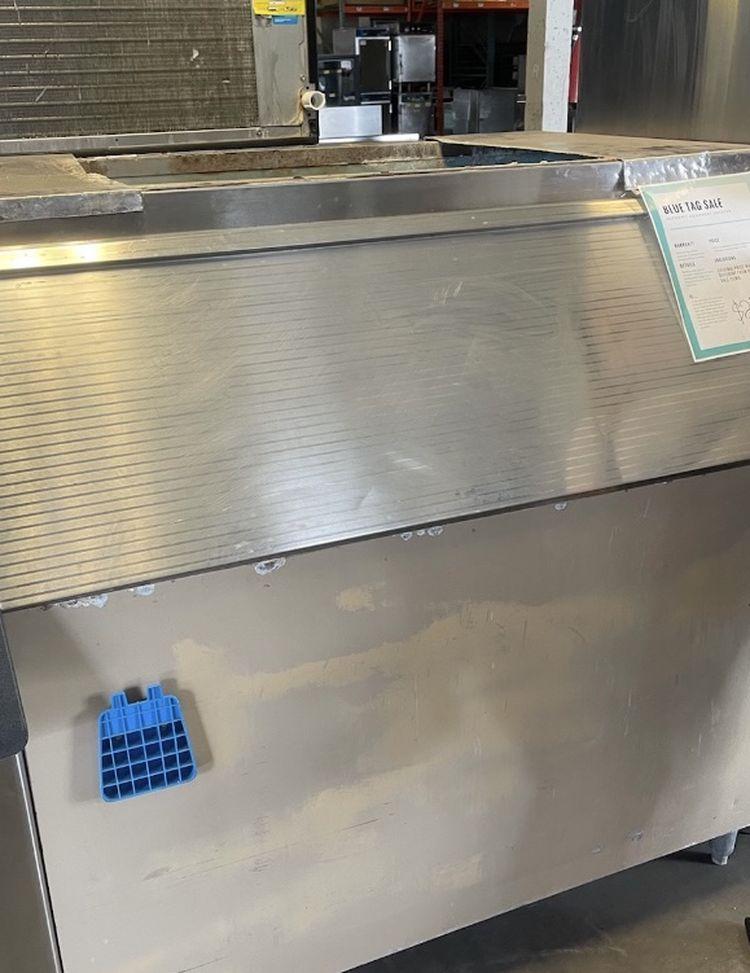 Ice Bin FOR SALE