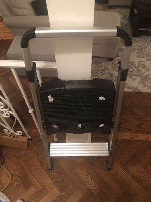 Small ladder/ stepstool for Sale in Washington, DC