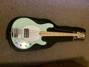 Photo Near Brand New Stirling Music Man Bass Guitar 4 String w/bag and cable