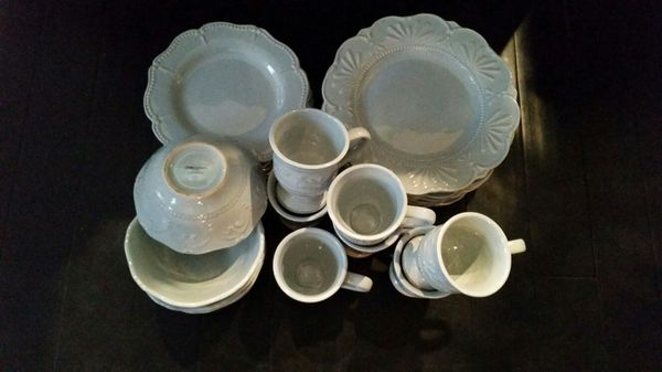Chris Madden blue dishes from JCPenny for Sale in Elk Grove Village ...