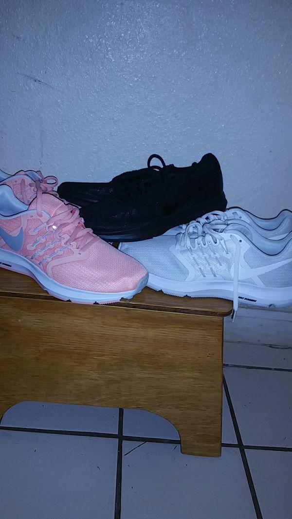 detailing d4fb1 2d181 Nike Running Shoes 3 Pairs