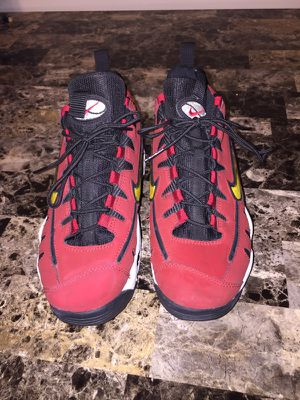 Nike nomo's size 6 for Sale in Hyattsville, MD