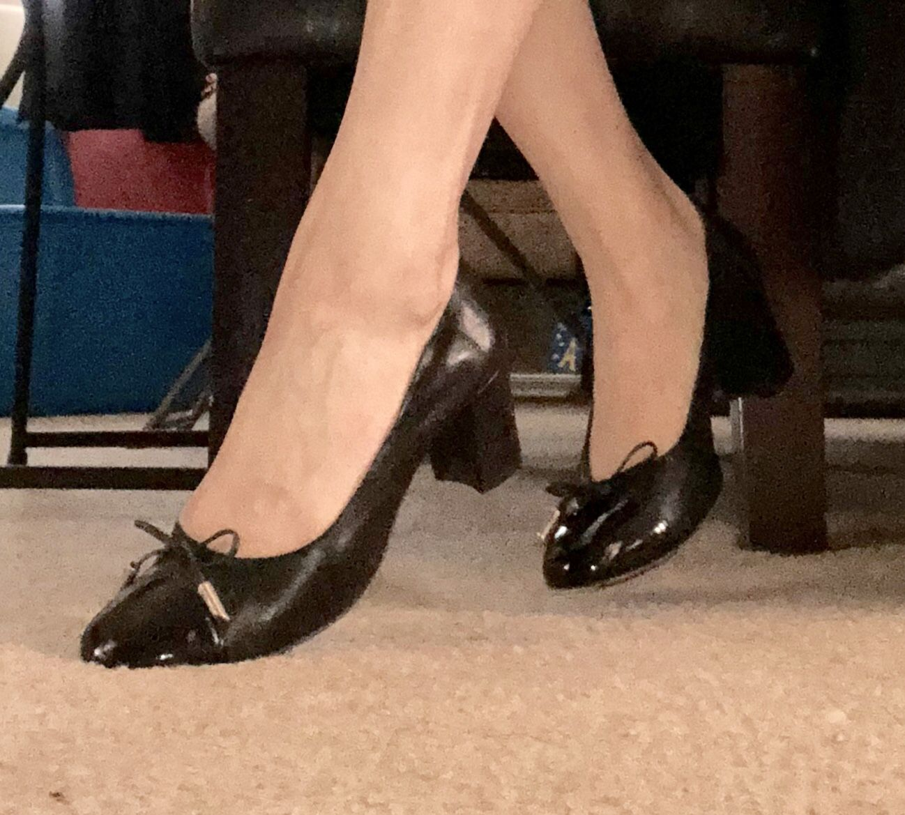 Women's Shoe (size 7.5)