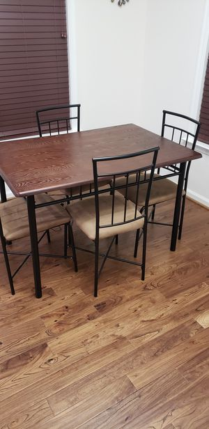 main stays dining table for Sale in Chantilly, VA