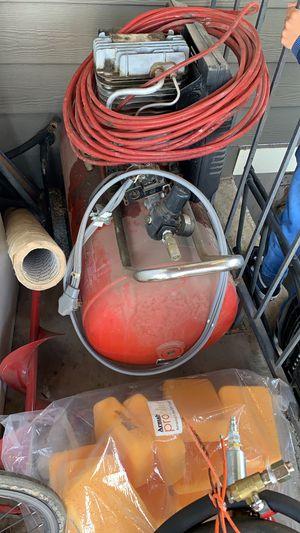 Photo 30 gallon compressor craftsman