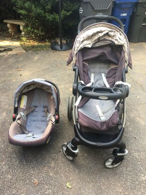 Graco click connect stroller car seat and base for Sale in Arlington, VA