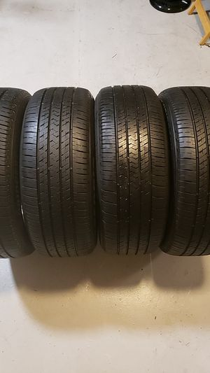Photo Bridgestone in good condition 4 tires 205 55 16 good tread