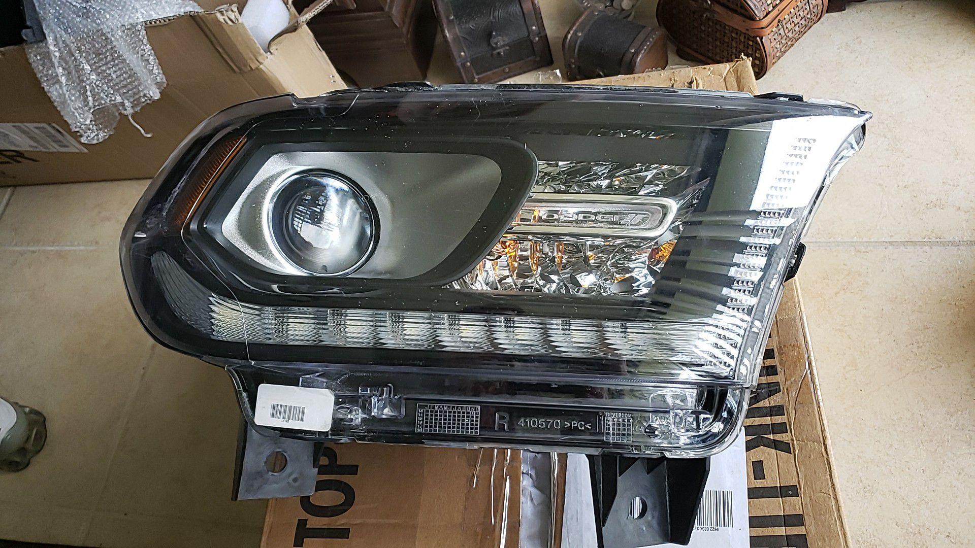 Dodge Durango passenger Headlight