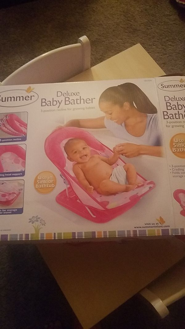 Summer deluxe baby bather for Sale in Berkeley, IL - OfferUp