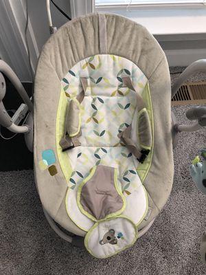 Baby rocker/swinging chair for Sale in Haymarket, VA