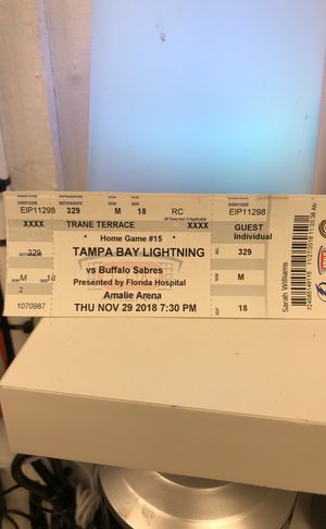 2 tickets to lighting game tonight for Sale in Tampa, FL