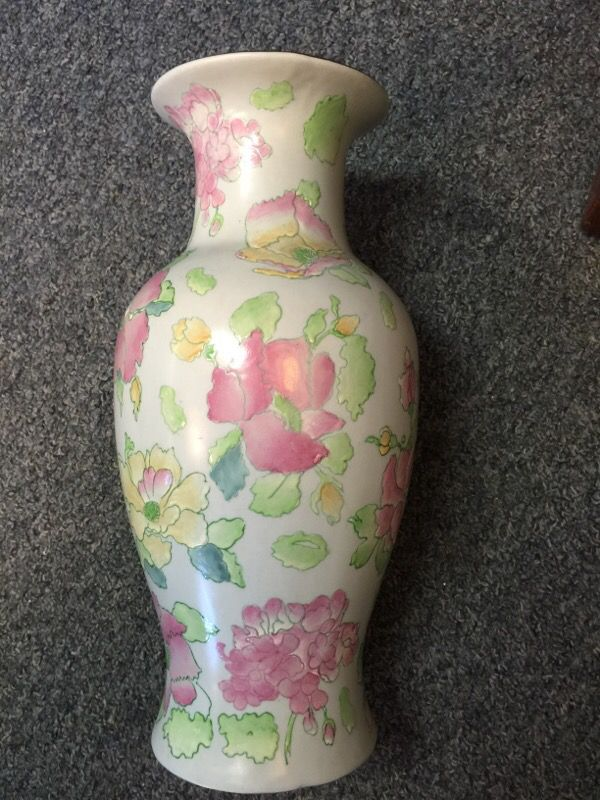 Vintage Toyo Vase Art Pottery Under Supervision Hfp Macau Pinks