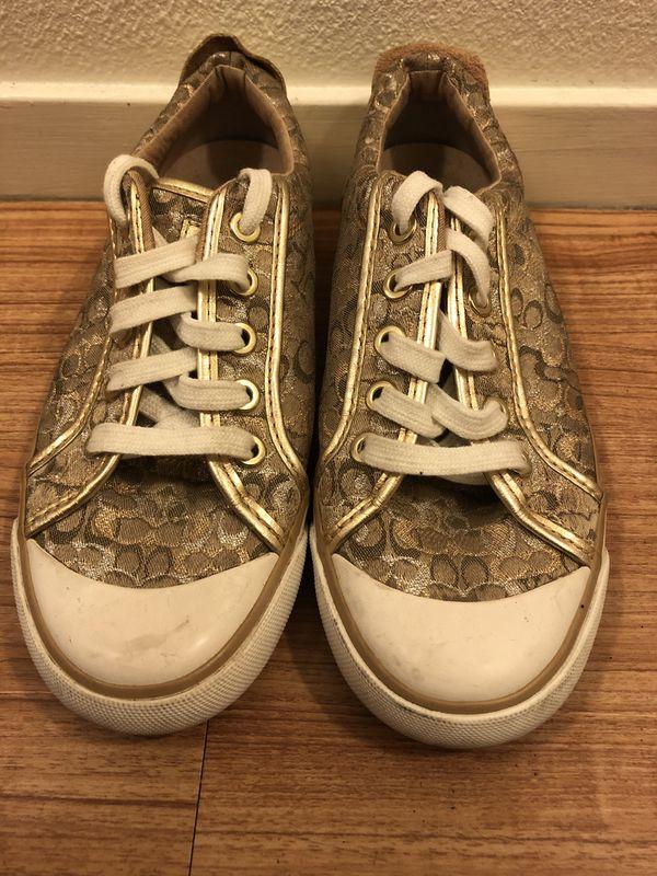 ba7f519e9cd8e Gold Coach Shoes for Sale in Oakland, CA - OfferUp