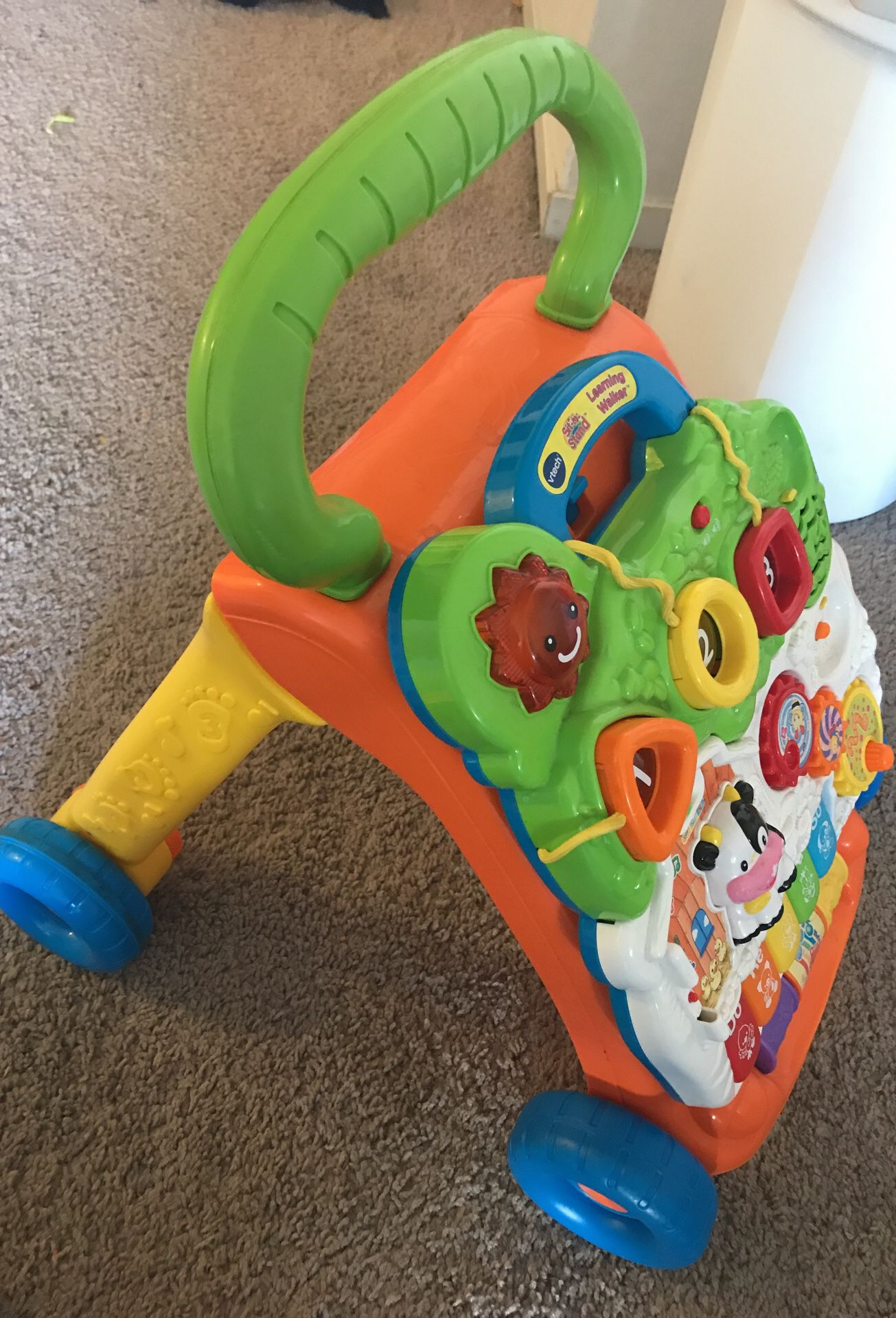 VTECH walker with lights and music