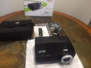 Acer X152H DLP Projector for Sale in Richmond, VA