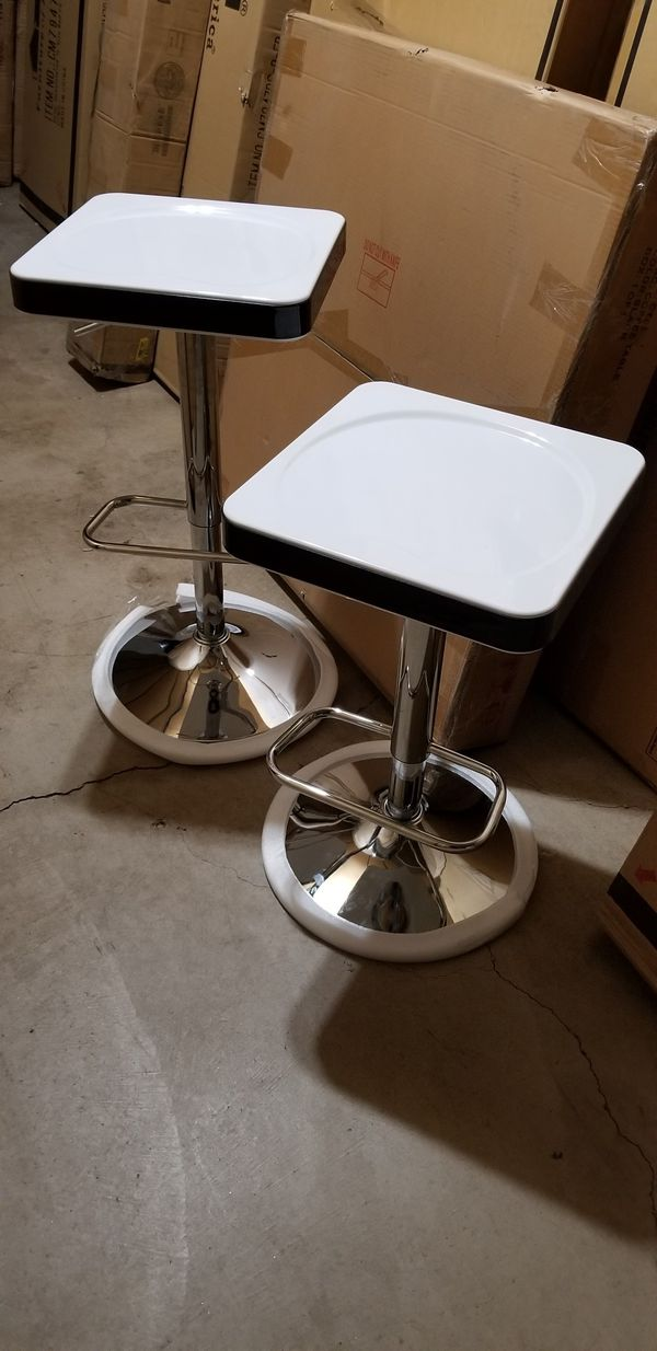 Set Of Two Bar Stool Brand New For Sale In Scottsdale Az