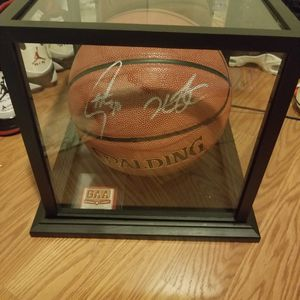 Warriors steph curry and Kevin Durant signed ball w COA for Sale in San Francisco, CA