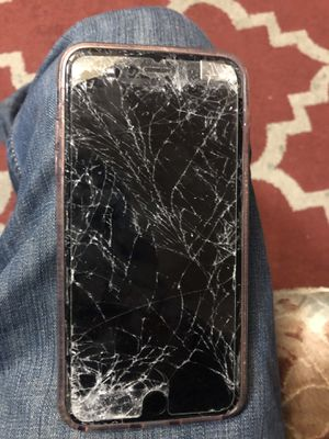 68f1b4d15f IPHONE 6S PLUS (cracked screen) for Sale in San Jose
