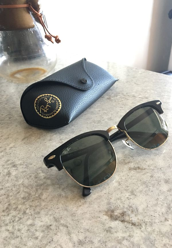 aa70006b55 Ray-ban 3016 Clubmaster Black w Gold Sunglasses for Sale in San Diego
