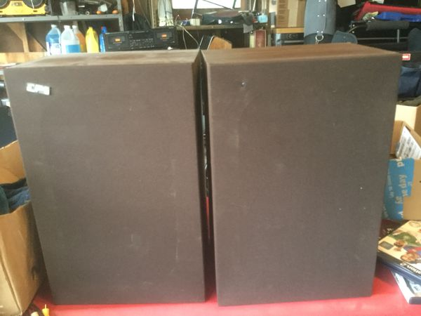 VINTAGE EPI MODEL T/E 70 SPEAKERS AWESOME SOUND for Sale in Cleveland  Heights, OH - OfferUp