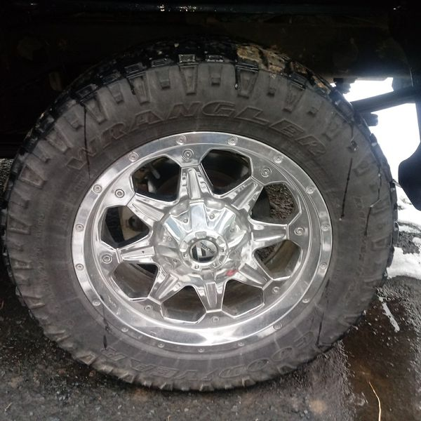 200fdaeaa 20s tires are too wide for my taste. 70% tread 700 bucks. TIRES ONLY. Not  rims