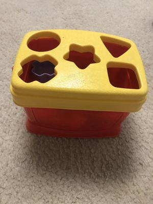 Fisher price shapes sorter for Sale in Gaithersburg, MD