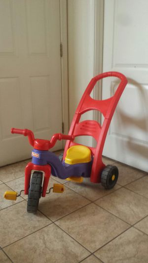 Toddler Bike, Animal sound puzle and shape puzzle for Sale in Sterling, VA
