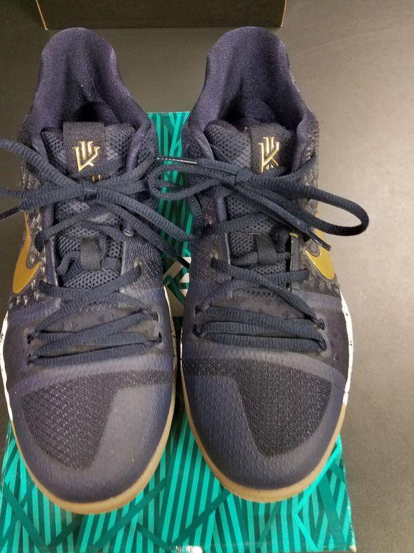 6b0acc92dc33 Nike Kyrie 3 Boys 6.5Y for Sale in Manteca