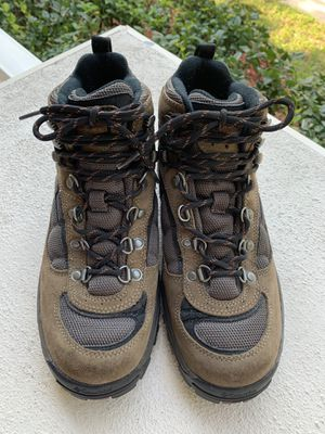 6119a1d5a20 New and Used Hiking boots for Sale in Deltona, FL - OfferUp