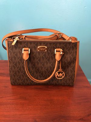 2858f904ad41 New and Used Michael kors for Sale in Dearborn