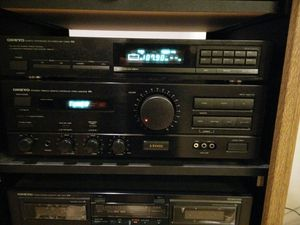 Onkyo Amplifier and Digital Tuner with remote for Sale in Forest, VA