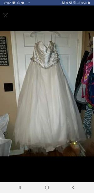 New And Used Wedding Dress For Sale In Omaha Ne Offerup