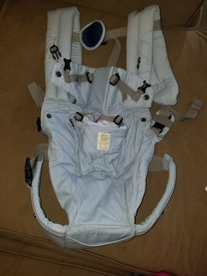 Lillebaby Powder Blue Organic Baby Carrier for Sale in Lorton, VA
