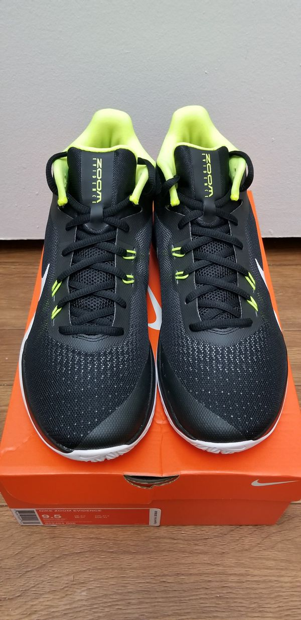 2c5ce589779a9 Men s Nike Zoom Evidence Basketball Shoes size 9.5 for Sale in San ...