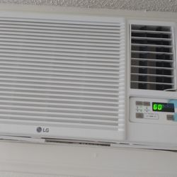 Lg Air Conditioner For Sell Thumbnail