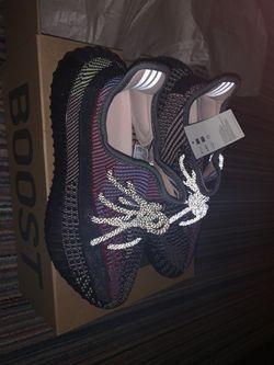 Men Adidas Yeezy Boost 350 V2 Yecheil (Non reflective) Thumbnail