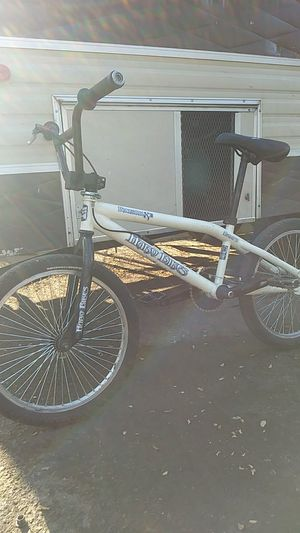 Haro backtrail x3 Nyquist for Sale in Tacoma, WA