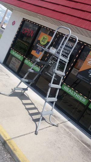 Pool ladder. Heavy duty! for Sale in Davenport, FL