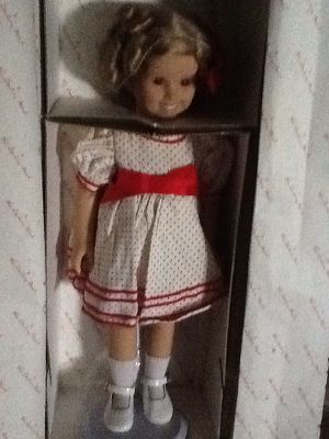 """New 18"""" Shirley Temple dress up doll with 8 new outfits for Sale in Kissimmee, FL"""