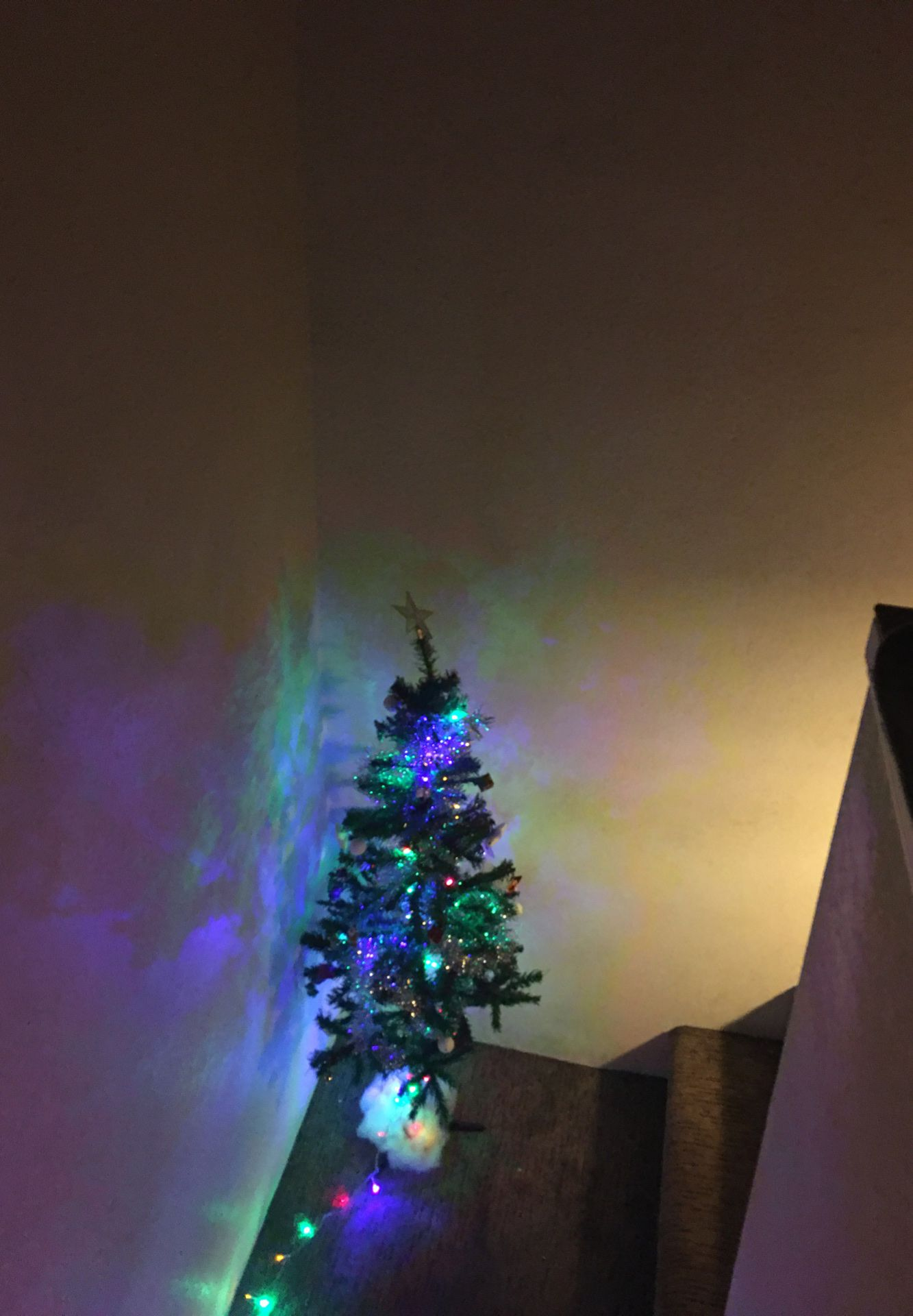 Artificial Christmas tree 4 feet With decorations and lights