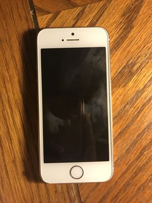 iPhone 5s for Sale in Fort Belvoir, VA